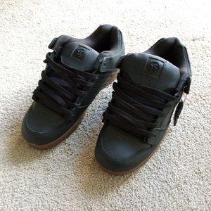 DVS Militia Mens Skate Shoes